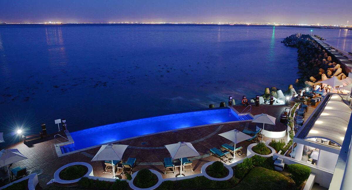 Utsikt från poolområde, Radisson Blu Lyxhotell Kapstaden