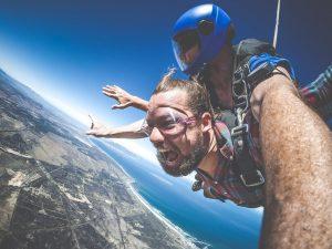 Aktiviteter i Sydafrika vid namn skydiving. Mycket spännande.