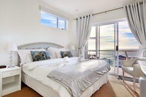 Lägenhet med havsutsikt i Camps Bay